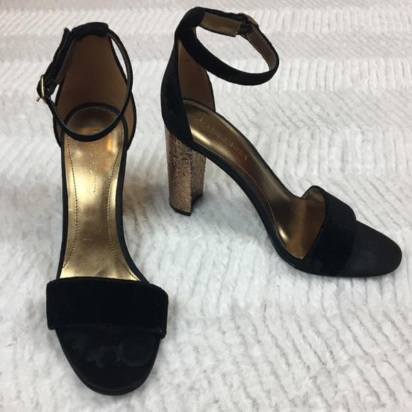 62a54a07216 Marc Fisher Factor2 Sandal Velvet Glitter Heel 7.5.  M 5b29c31e9539f792391cac3b
